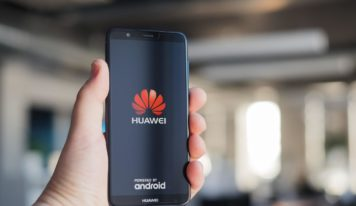 Huawei Phones Display Ads From BookingCom on Lock Screen, Some Users Report