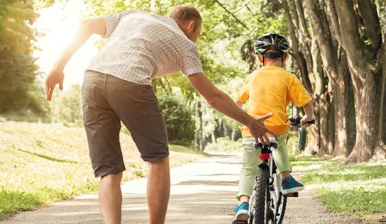 Plan a road ride journey for Father's Day, children elective