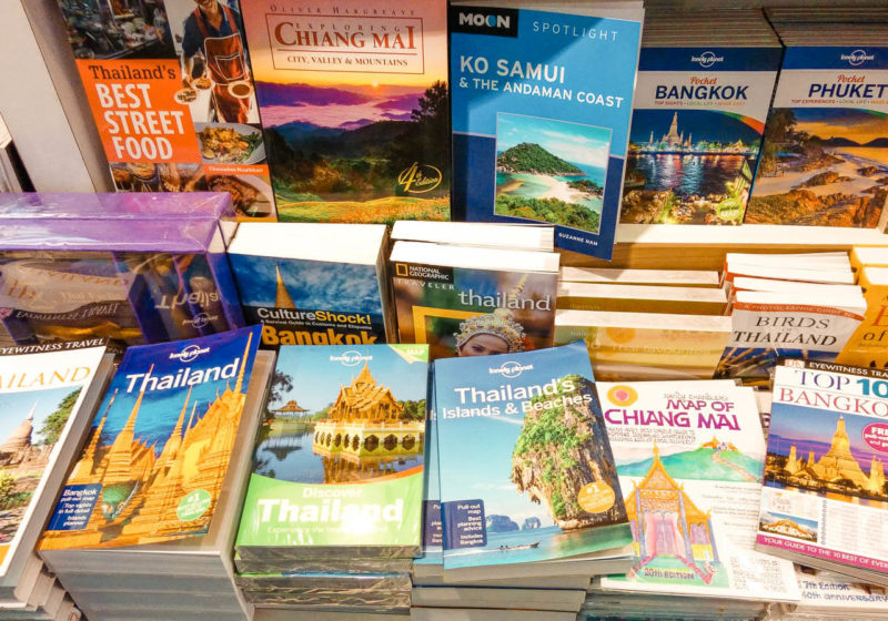 How to Pick the Best Travel Guide Books